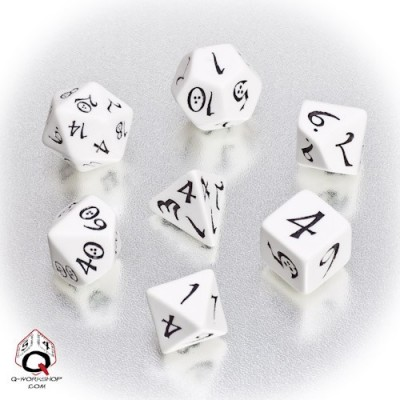White & black Classic RPG Dice Set (7)